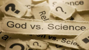 God-vs-Science-560×315